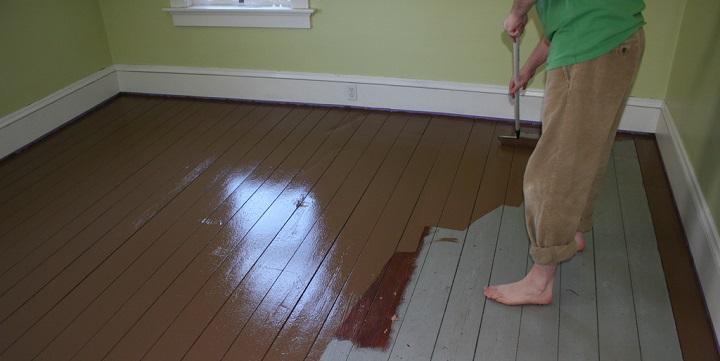 Pinturas para suelos acabados en resina epoxi y for Pintura para madera