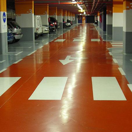 Pintura para suelos autonivelante epoxi pavimentos for Pintura epoxi suelos precio